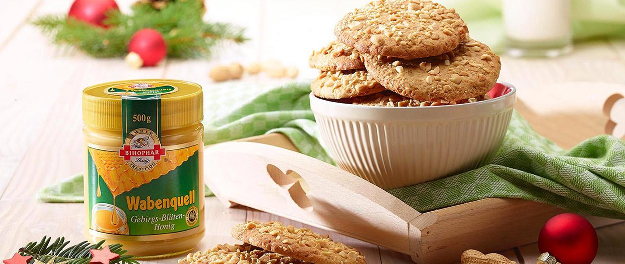 Erdnuss Cookies mit BIHOPHAR Wabenquell Gebirgs-Blüten-Honig