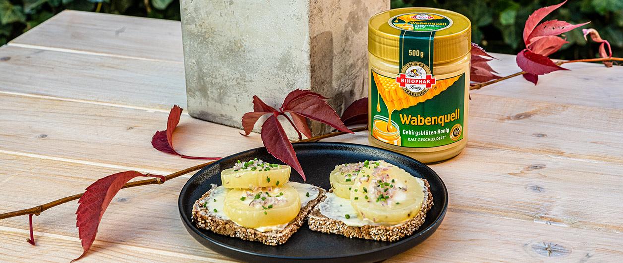 Marinierter Harzer Käse mit BIHOPHAR Wabenquell Gebirgsblüten-Honig